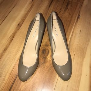 Coach shoes Patent leather pumps color Gray sz 10